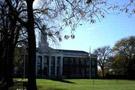 哈佛商學院