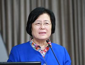 人大附中校長劉彭芝:教育工作者的愛 是長久的諾言