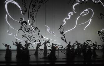 中芭大型原創芭蕾舞劇《敦煌》首演