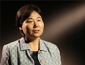 人大附中翠微学校校长刘小惠:用爱滋润学生 用行动做师生榜样