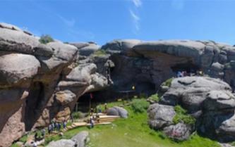 """中國考古重大發現""""通天洞""""成新疆熱門旅遊目的地"""
