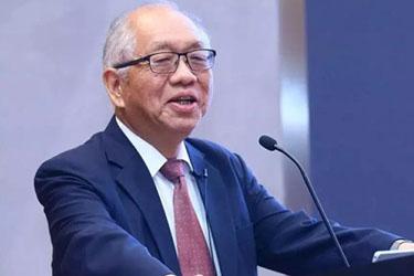 丘成桐:我相信中国可以培养出一流的科研人才