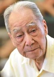 """翻譯家許淵衝:一生""""詩舟""""播美,百歲仍是少年"""