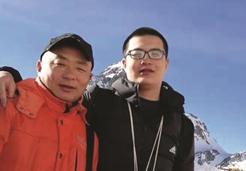 """""""我和我爸爸是同学"""" 这对父子就读同一所高职院校"""