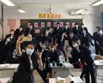 在久違的教室裏重聚——北京高三年級復課首日現場記