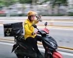 """从送外卖到送服务 外卖骑手转型变身""""万能""""小哥"""