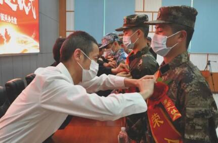 廣州城市理工學院五名優秀學子即將奔赴軍營