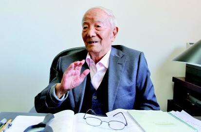 """""""两弹一星""""科学家王希季:牧星耕宇的百岁人生"""