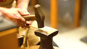"""萬榮春:""""大國工匠之師""""是這樣鍛造的"""